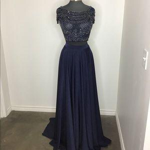 Mac Duggal 2 piece gown